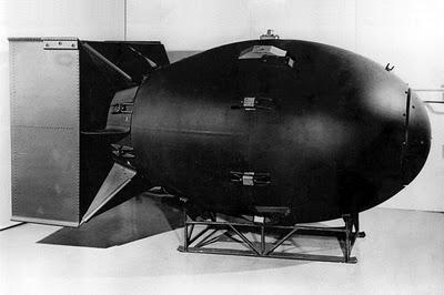 Bomba lançada sobre a cidade japonesa de Nagasaki no dia 9 de agosto de 1945