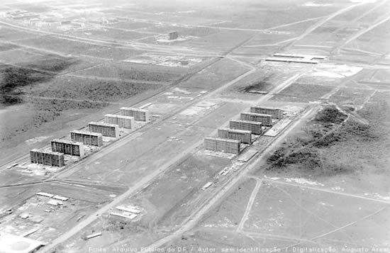Brasilia em construção