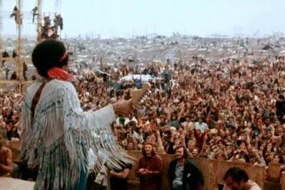 Lendária apresentação de Jimmy Hendrix em Woodstock(1969)